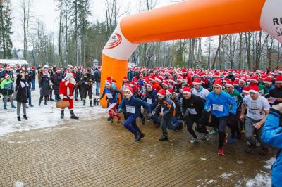 Bieg Mikołajów w Rabce Zdrój - pomagali wszyscy!
